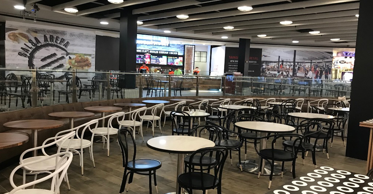 Stylish And Modern E With A Mix Of High Top Seating Cafe Style Tables Has Unveiled Handful New Quick Service Restaurant Concepts Perfect