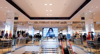 Uniqlo Opens At Westfield Garden State Plaza Bergen County Nj Things To Do Restaurants
